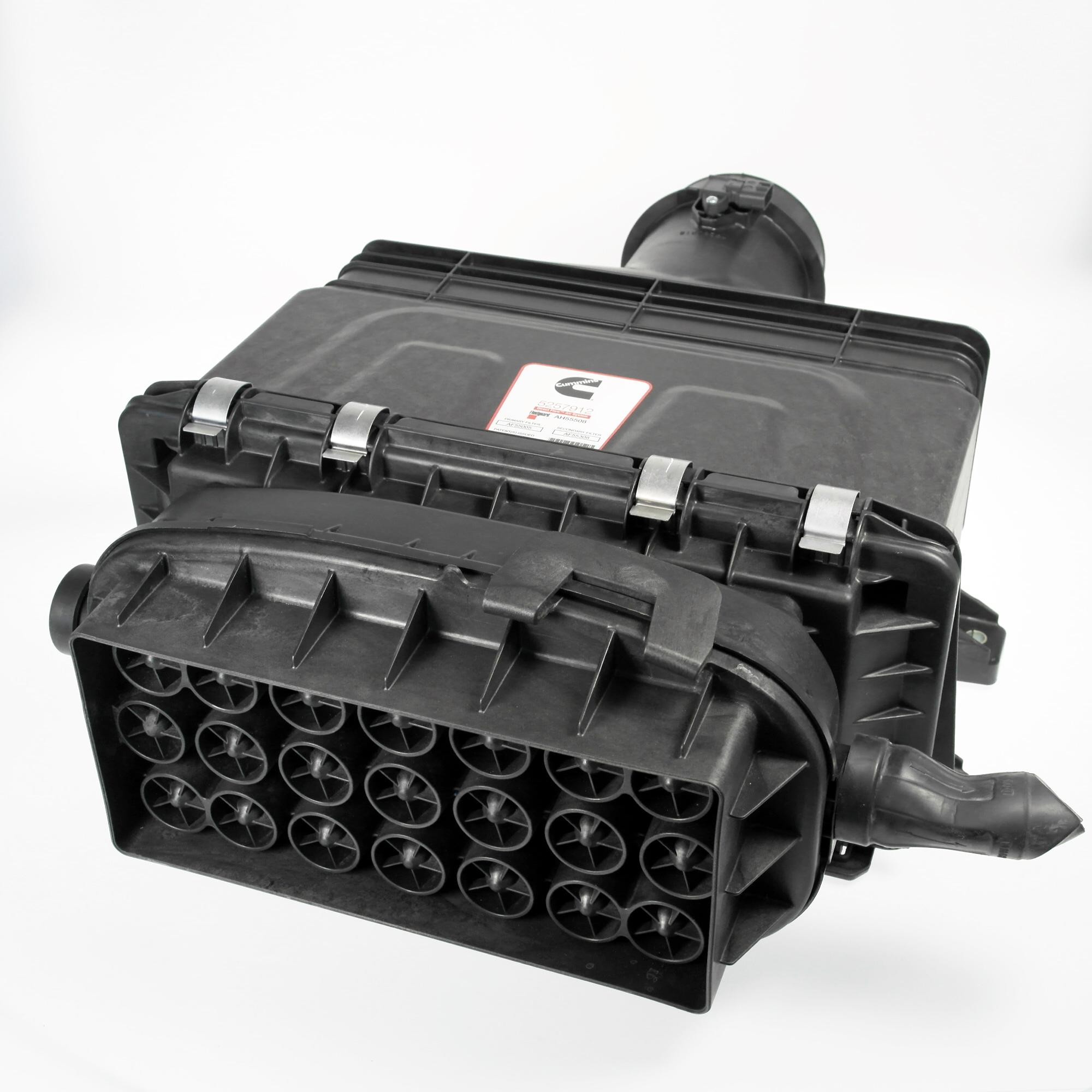 Fleetguard Direct Flow air filter housing, item number AH55508